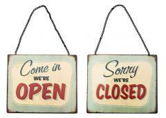 Open and Closed - green retro - Set van 2 Signs