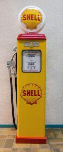 Benzinepomp - reproductie Shell - gemonteerd